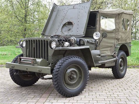 willys army jeep 1942 wwii military willys jeep mb going under the hammer