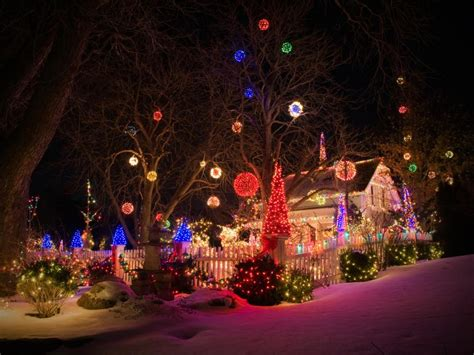 15 colorful and outrageously themed outdoor christmas