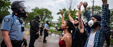 USA: Law enforcement violated Black Lives Matter ...