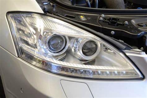 mercedes  facelift headlights  led daytime running