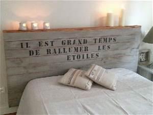 Tete De Lit Bois 180 : t te de lit originale en bois et pochoir ~ Teatrodelosmanantiales.com Idées de Décoration