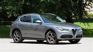 Stelvio Alfa Romeo : 2018 alfa romeo stelvio first drive the perfect next step ~ Gottalentnigeria.com Avis de Voitures