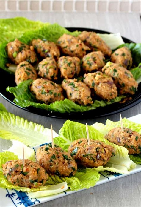 mercimek koftesi turkish red lentil  bulgur kofte