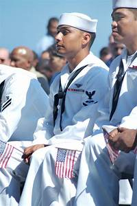 Sailors become naturalized citizens while at sea - News ...