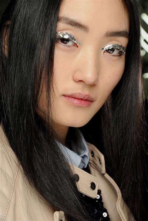 runway beauty  silver eye makeup  chanel fall
