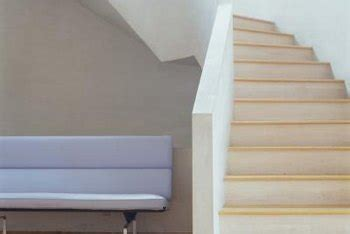 distressed wood stair treads  planks
