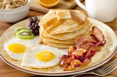 Big Breakfast Beneficial For Women With Pcos Study Shows