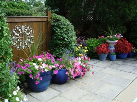 how to arrange pots on a patio 5 ways for stunning