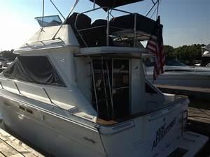 1989 Sea Pro Boat