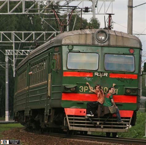 Russian railways stowaways photos · Russia Travel Blog