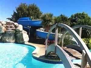 camping morbihan espace aquatique la croez villieu With camping morbihan avec piscine couverte 5 camping avec piscine interieure camping piscine couverte