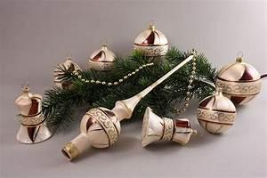 Weihnachtskugeln Aus Lauscha : 21 teiliges set eischampagner mit braun christbaumkugeln ~ Orissabook.com Haus und Dekorationen