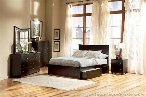 Miami Customizable Bedroom Set