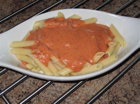 cuisine chic et simple p 226 tes sauce ros 233 e au basilic frais chez