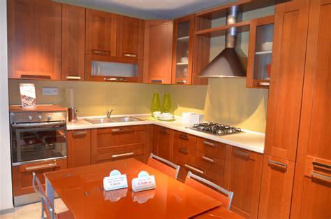 cucine color panna cucina lube cucine gaia scontata cucine a prezzi scontati