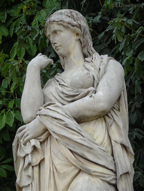 Photos Of The 1695 Veturie Statue In Jardin Des Tuileries