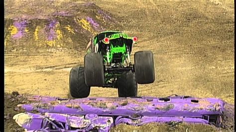 monster truck show in new orleans monster jam grave digger freestyle in new orleans jan