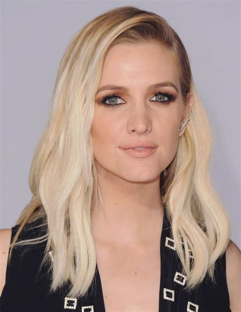 Ashlee Simpson Archive Daily Dish