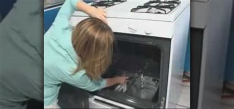 how to fix a pilot light that isn t working on a ge oven