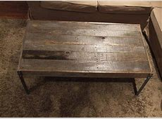 LowCost Pallet Coffee Table with Metal legs Pallet