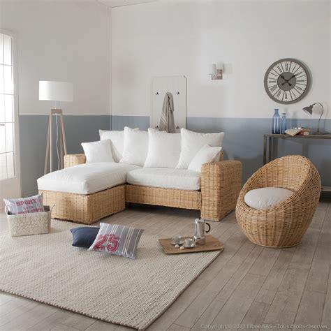 plaide pour canapé d angle canapé d 39 angle et fauteuil oeuf en rotin et tissu blanc