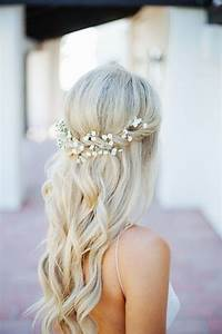 Couronne De Fleurs Mariée : coiffure de mari e avec couronne de fleurs les plus jolies coiffures de mari e pour s inspirer ~ Farleysfitness.com Idées de Décoration