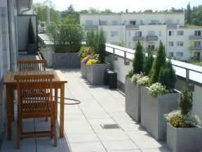 krã uterspirale fã r balkon pvblik bepflanzung balkon idee