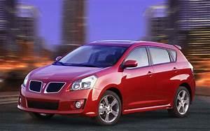 Les Plus Petites Voitures Du Marché : la vibe pontiac 2009 lue meilleure nouvelle petite voiture de plus de 18 000 dollars ~ Maxctalentgroup.com Avis de Voitures