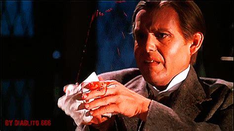 leslie nielsen halloween movie leslie nielsen gifs wifflegif