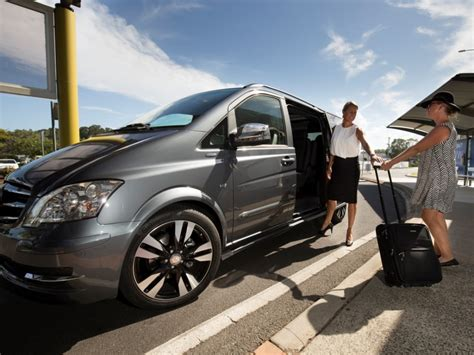 Limousine Airport Transfers by Byron Bay To Gold Coast Airport Byron Bay Luxe Limousines