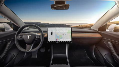 View Tesla 3.3 Lite Features PNG