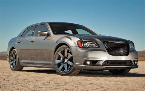 2019 Chrysler 300 Pics by 2019 Chrysler 300 Review Concept Engine Release Date