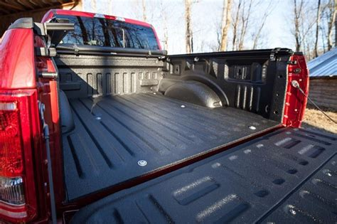 spray bed liner the advantages of spray in bedliner