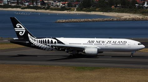 "Air New Zealand Australia's ""most reputable"" company"