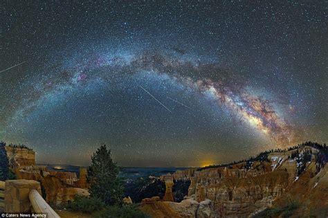Photographer Captures Beauty Milky Way Above