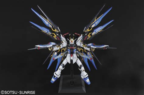 gundam mobile suit 42 gundam pg 1 60 strike freedom gundam updated images