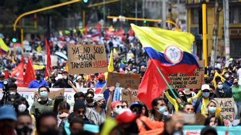 Miles protestan por cuarto día consecutivo contra reforma ...