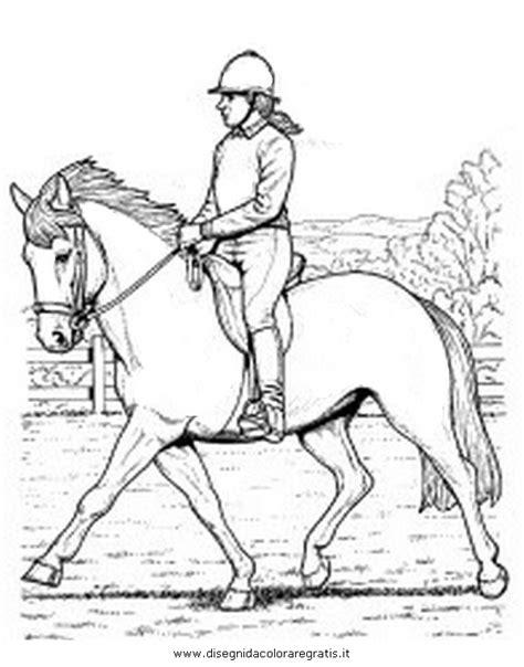 immagini di cavalli che saltano da colorare disegno fantino fantini 2 categoria sport da colorare