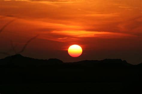 break  silence      sun