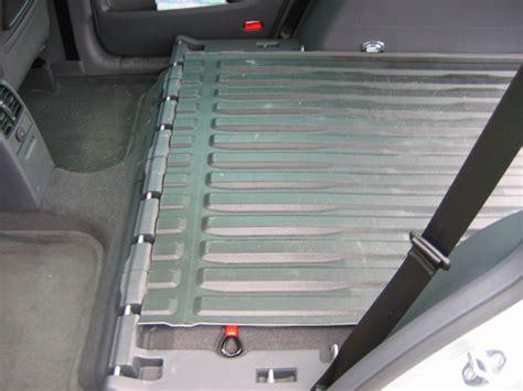 tapis de coffre touran 28 images tapis de coffre reversible velours plastique touran 7