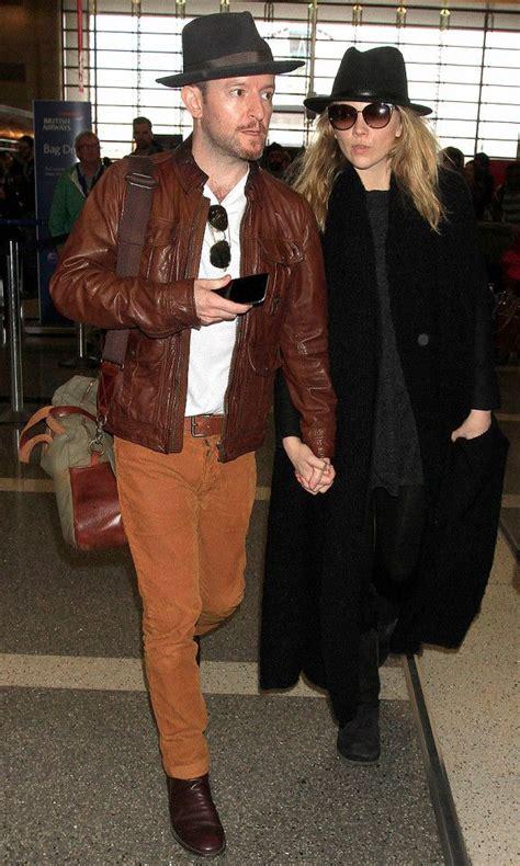 natalie dormer boyfriend natalie dormer and boyfriend anthony catch a flight