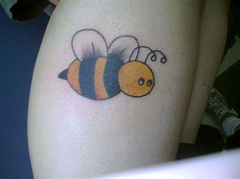 fabulous bumble bee tattoo designs creativefan