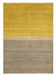 Tapis De Chanvre : tapis 39 field 39 chanvre jaune gris 170x250cm brita sweden petite lily interiors ~ Dode.kayakingforconservation.com Idées de Décoration