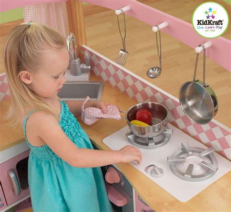 jeu d imitation cuisine test cuisine enfant kidkraft 53185 coin cuisine de gastronome cuisine enfant en bois