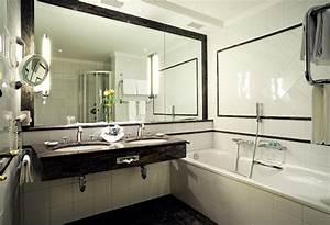 Badezimmergestaltung Ohne Fliesen : moderne badezimmer fliesen garantieren eine badezimmergestaltung die sthetik mit ~ Markanthonyermac.com Haus und Dekorationen