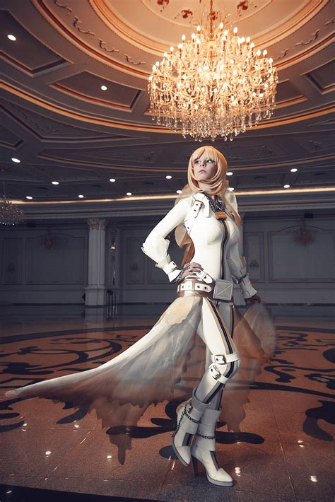 suits boots cosplay saber bride long hair blonde