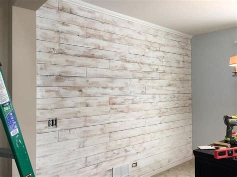 dinning room wall   cedar wood fence board