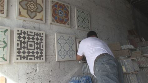 business makes cuban tiles by