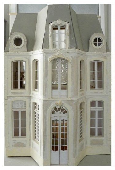 Lea Frisoni French doll house Doll house Miniature houses