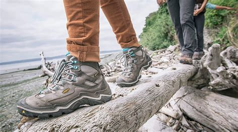 Best Shoes For Walking On Concrete Floors by The Best Walking And Running Shoes For Osteoarthritis Of